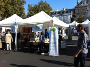 Zero Waste France's stall at Alternatiba Paris